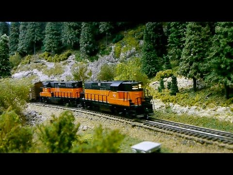"""The """"DOG"""" (Division Operating Group) operating at Bob Gerald 's """"N"""" scale Layout"""