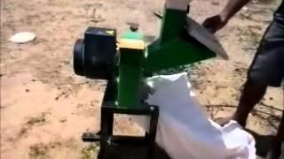Triturador de Milho, Grãos e Forrageiro TRF 80G Aplicação: cortar e...