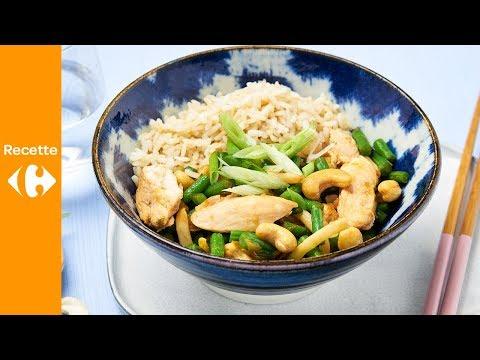 wok-asiatique-au-poulet,-haricots-et-riz