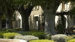 Mas de Caumont - Luxury Stone Farmhouse in Provence
