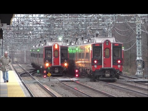 Metro-North RR HD 60fps: Evening Rush Hour on New Haven Line @ Pelham w/ Mode Changes (1/19/17)