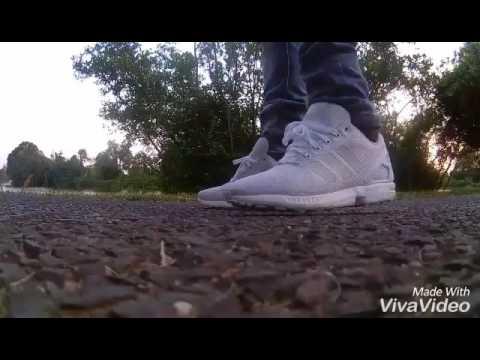 Addidas white zx flux on feet / ootd