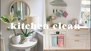 Kitchen transformation: Deep clean, declutter and organisation | Sort your life out 5 (ad)