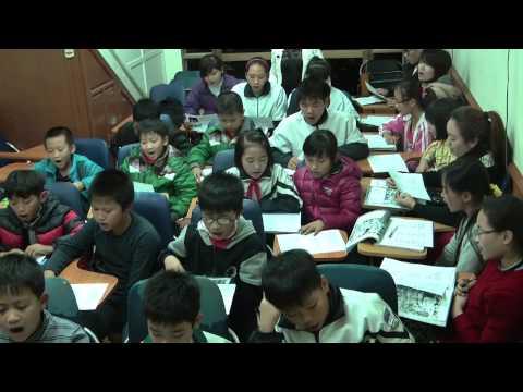 Children of the sun Twarres_ Teaching english for disadvantaged kid (Hanoi, Vietnam)