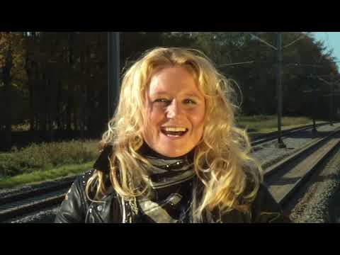 Tineke - Wat Is Liefde - Officiële Videoclip (Harten 10)