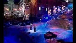 Lara Fabian & Laura Pausini - La Solitudine (Live)