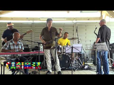 WINSTON BERKELEY en live sur la Scène Backstage du CARIMEX