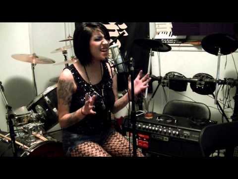 Laura D. - Hurt (Cover)
