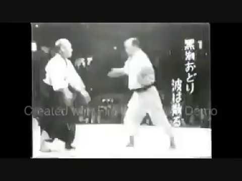 Master Samura (10-th Dan Kodokan Judo) executing Koshiki-no-Kata.