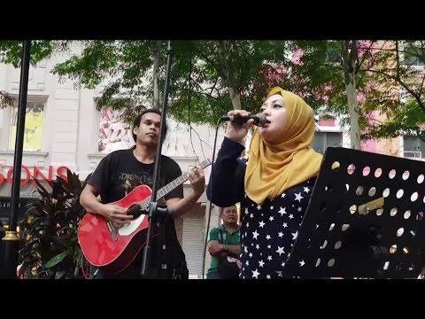 Putus Terpaksa-Akak Cun Suara Mantap Feat Sentuhan Buskers,tarik Kaw