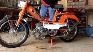 Mobylette MBK motobecane 50V bi-cylindre 150 cm3