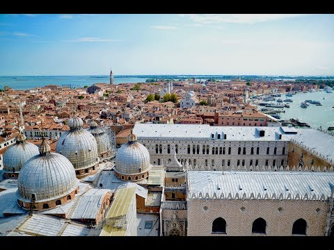 Cinematic Tour of Venice Italy in 58 Seconds