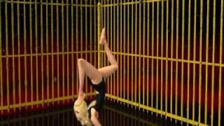 Repeat youtube video la loba-Shakira la version sims2