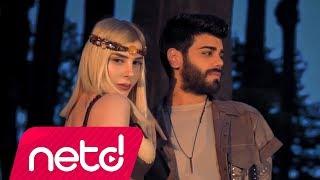 Ayça Feat. Cem - Yürü Anca Gidersin