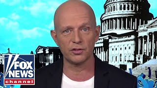 Hilton: The 2020 election is about the people vs the establishment