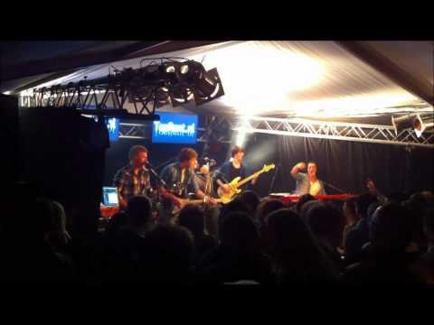 De Draad Kwijt ft. Tha Pimpmeister at Serious Guitar Live Lichtenvoorde