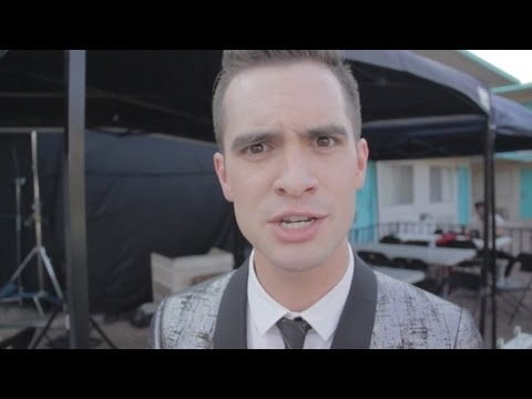 Panic! At The Disco: Miss Jackson (Beyond The Video)