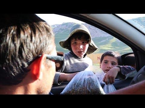 #1 Азербайджан. Чем торгуют дети? Кутабы с травкой. Первое впечатление