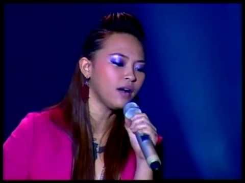 Vietnamese Stars Sing