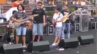 Download Video Rentalika Bali ( Concert Dewa Bujana ft. Balawan ). MP3 3GP MP4
