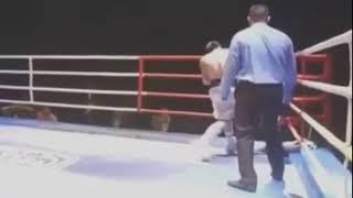 Быстрый нокаут казахстанским боксером в первом раунде
