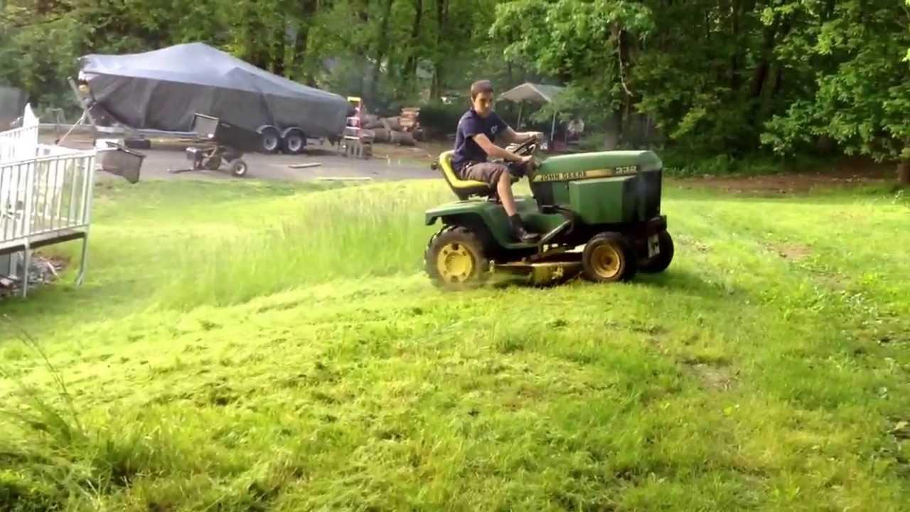 John Deere 332 >> John Deere 332 diesel mowing. - YouTube