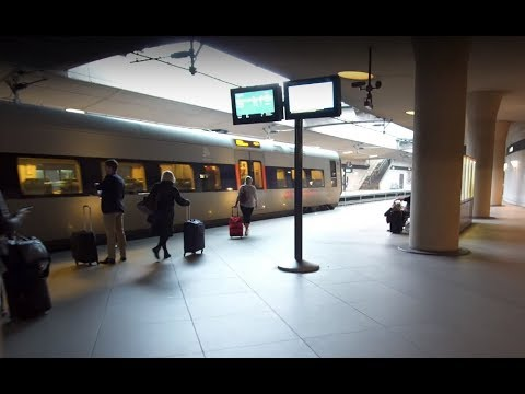 Denmark, train ride from Copenhagen Airport to Central Station, 1X moving sidewalk, 1X escalator