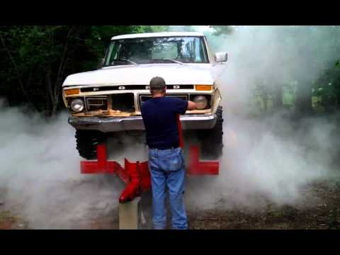 1977 ford f150 engine blowin 39 up youtube. Black Bedroom Furniture Sets. Home Design Ideas