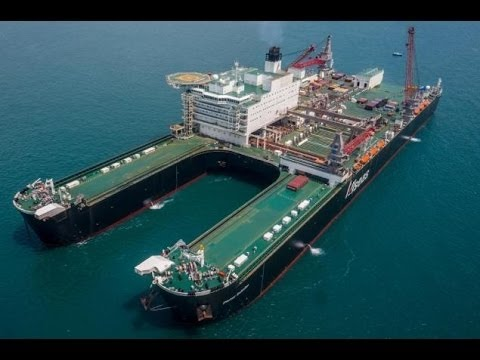 Mega Ship The World's largest and powerful ocean bottom suct
