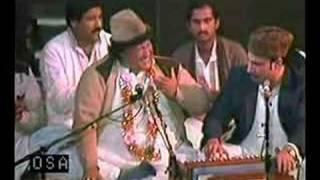 Nusrat Fateh Ali Khan Qawwal - Kamli Wale Muhammad -3