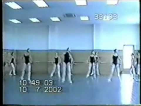 Zhong-Jing Fang in class at Shanghai Ballet School