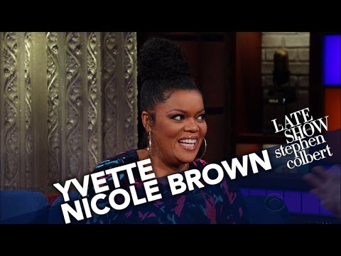 Yvette Nicole Brown Wishes Trump Wouldn't Use Civil Rights Icons As Props