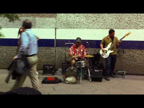 Burn - Deep Purple Cover - Street Band Santiago Chile