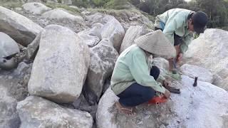 Thợ nhà nghề chẻ đá nhanh