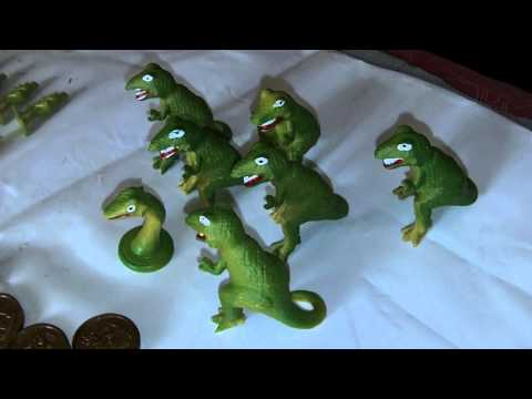 WADDINGTONS LOST VALLEY OF THE DINOSAURS BOARD GAME SPARE T-REX PLAYING PIECE