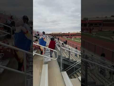 Chris Rader from Slaton High school at Denver City meet runs a 10.9sec in the 100m!??????????????????