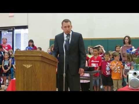 Bill Cody speaks at Fisher Hill School