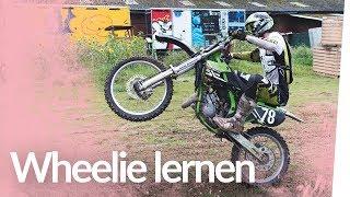 Wheelie lernen mit der Cross-Maschine | Kliemannsland