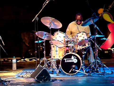 Andrew Cyrille - Drums Solo (Sant' Anna Arresi 31 08 2005)