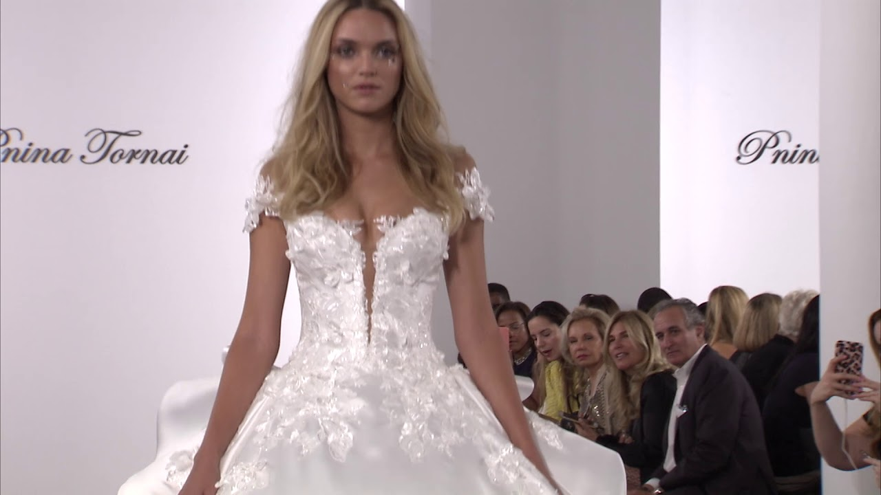 Pnina tornais 2018 fragile collection youtube pnina tornais 2018 fragile collection kleinfeld bridal junglespirit Choice Image