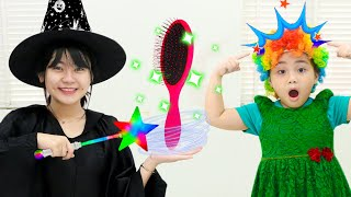 Annie and Sammy Pretend Play with Magic Hairbrush | Funny Kids Video about Color Changing Hair