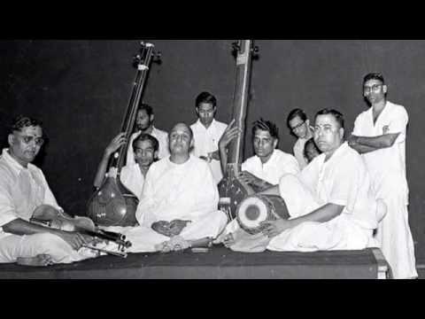 06-Srikrishnam Bhaje-Thodi-Semmangudi-2009