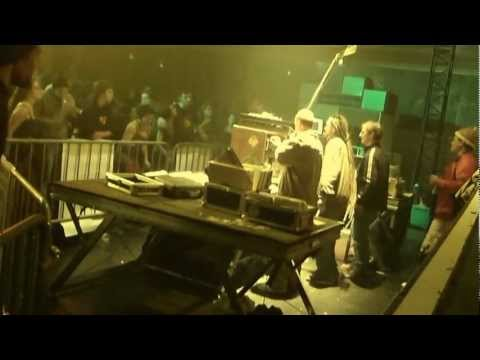 "Rennes Dub Me Crazy #1 - Legal Shot ▶ Barry Issac & Dougie Wardrop ""Hooligan"""