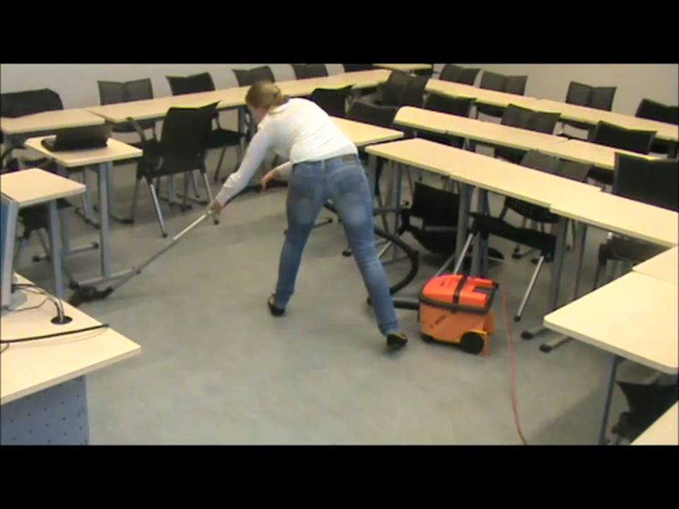 Linoleum Vloer Onderhoud : Fs schoonmaken linoleum vloer youtube