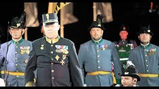 Volles Video: Die Tiroler Kaiserjäger auf dem Roten Platz
