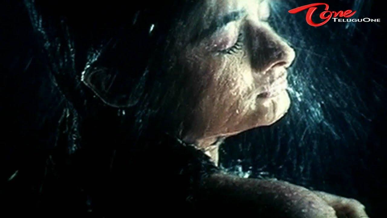 Download Actress - Kiran Rathod Scene from Andaru Dongale