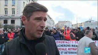Réforme des retraites en France : les manifestations se poursuivent, des ports bloqués