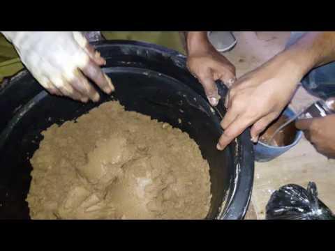 Pembuatan pelet apung.