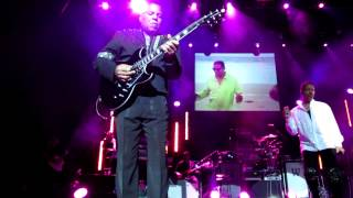 The Jacksons Push Me Away live at Manchester Apollo 27th February 2013 Unity Tour
