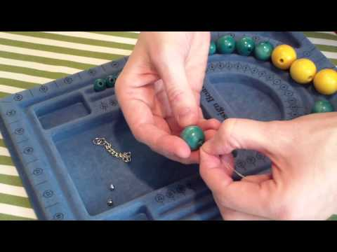 DIY Jewelry Tutorial  Chunky Wooden Beaded Necklace